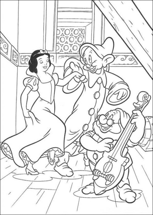 Free Snow White and the Seven Dwarfs Coloring Pages to Print
